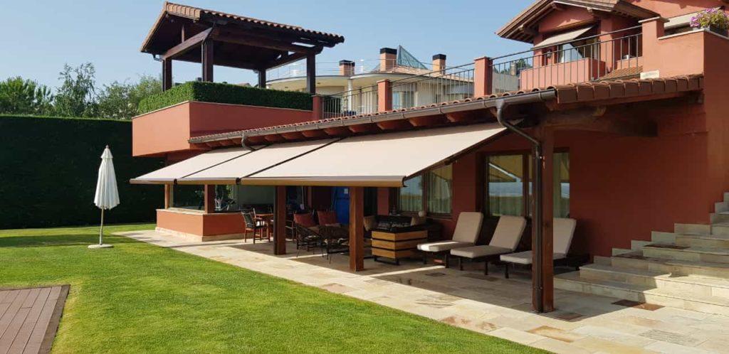 toldos-pamplona-terraza